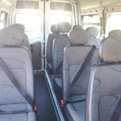 Bus 14 places