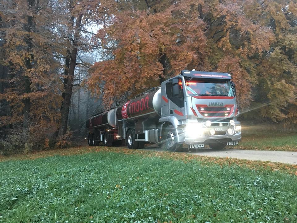Camion lait